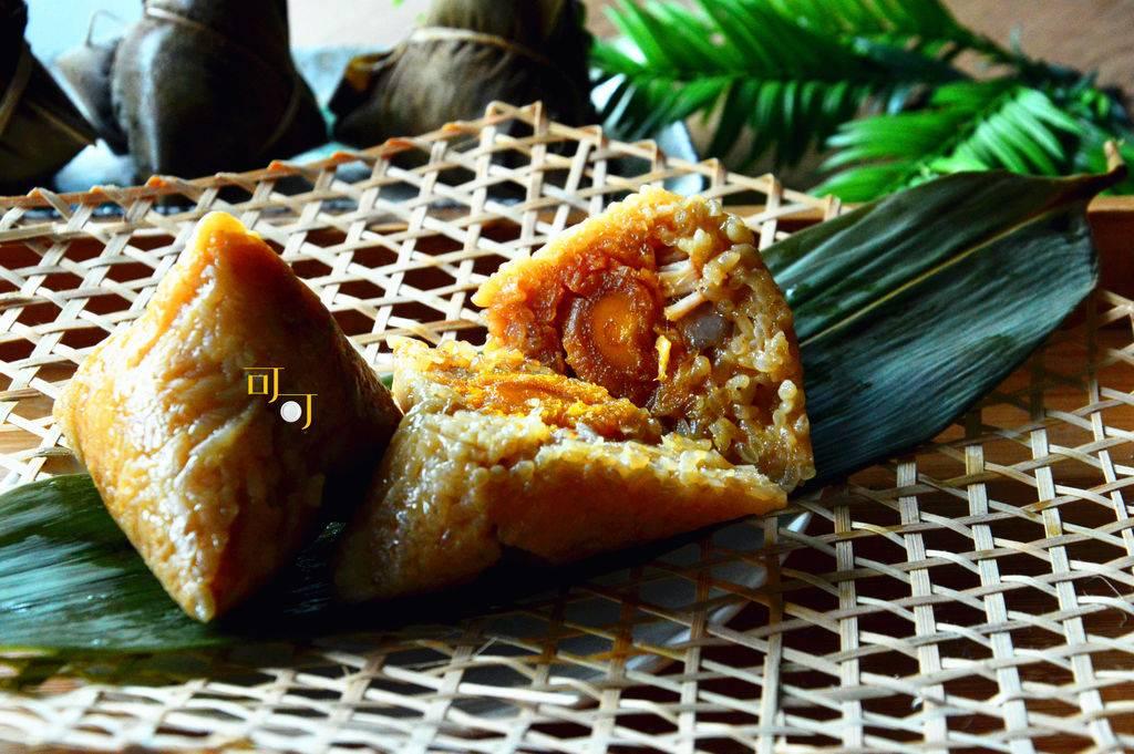 好吃的蛋黄肉粽详细做法